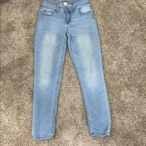 Justice girls light wash jeans size 12